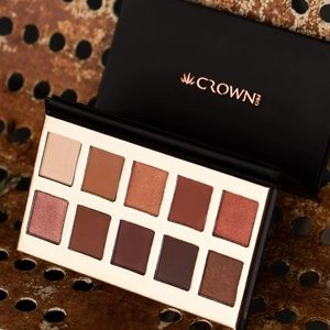 Fuego eyeshadow collection by Crown Brush